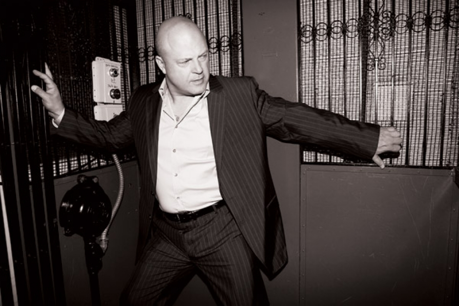 Michael Chiklis | Moves | Fashion & Lifestyle… Online